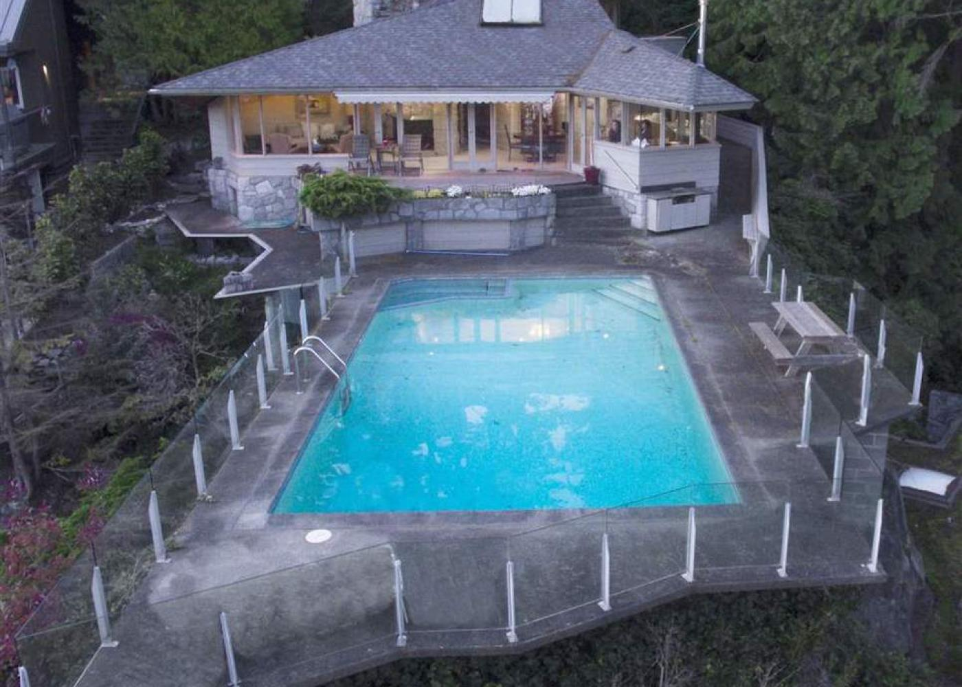 4190 Rose Crescent, Sandy Cove, West Vancouver