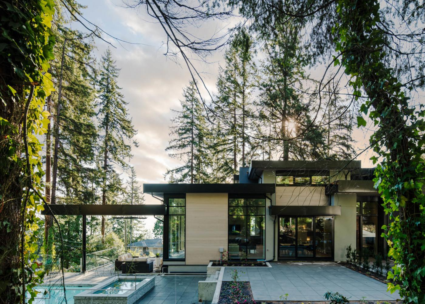 425 Westholme Road, West Bay, West Vancouver
